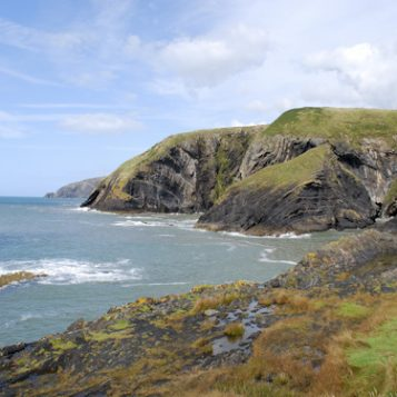 Ceibwr cliffs near Penrallt Garden Centre