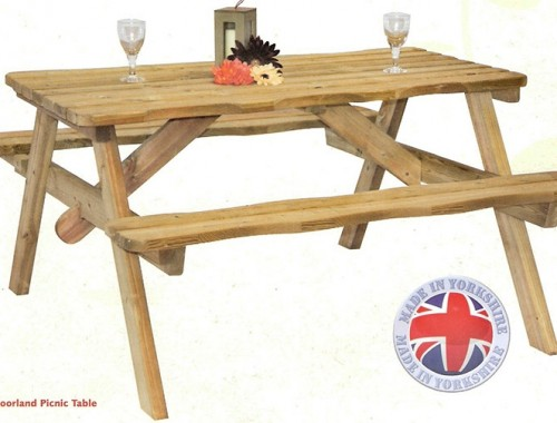 Moorland Picnic Table