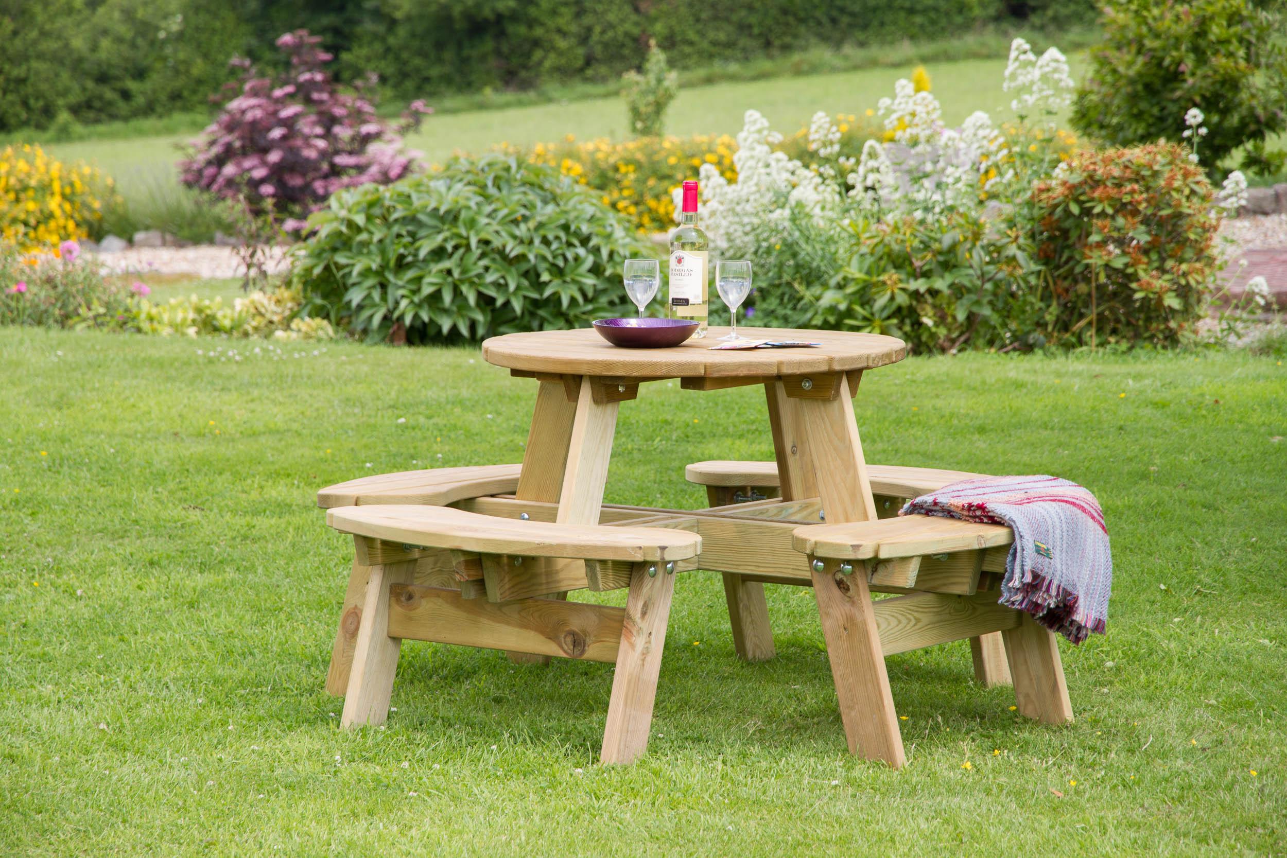 Katie Round Picnic Table Penrallt Garden Centre