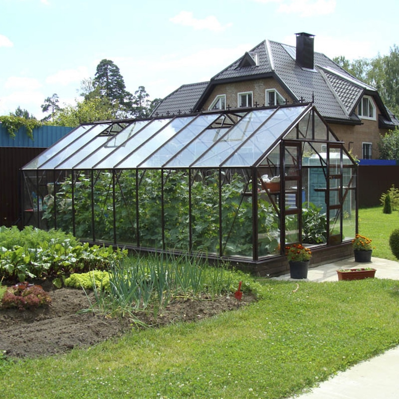 10′5″ Wide Supreme Elite Greenhouse